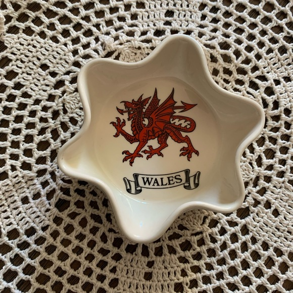 Vintage Ashtray with Wales Crest